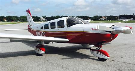 Cherokee 6 Charter Plane